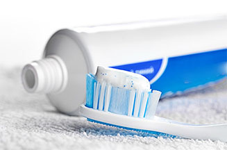 Fluoride-Free Toothpaste in Question