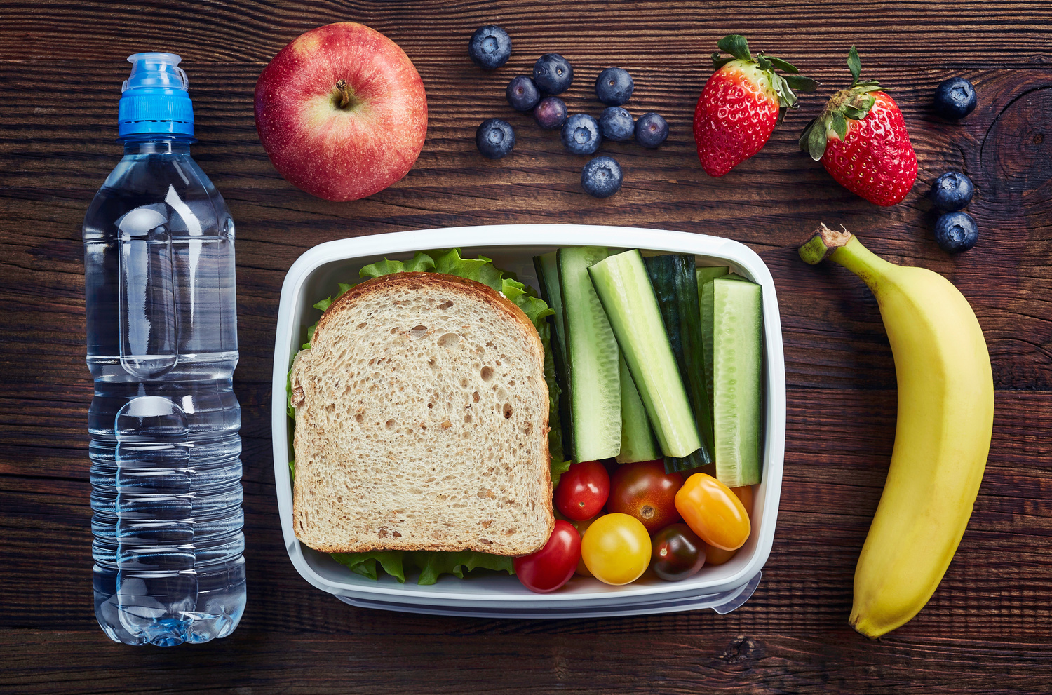 Help Your Child's Smile With Healthy School Lunches